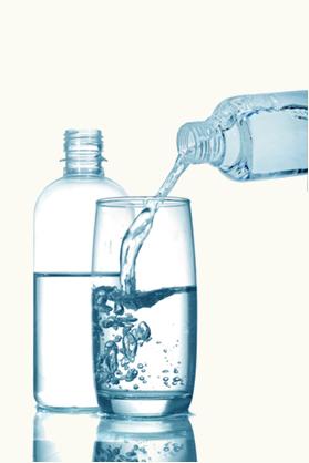 Ocorre a contração do volume em uma mistura de água e álcool