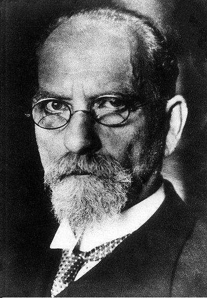 O filósofo, matemático e criador do método fenomenológico Edmund Husserl foi uma forte influência no pensamento de Sartre.