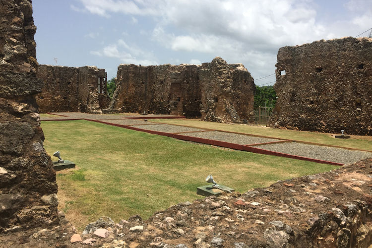 Ruínas de La Isabela, assentamento espanhol construído na ilha de Hispaniola.