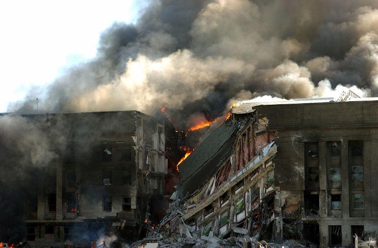 O Pentágono foi um dos alvos dos terroristas e nele morreram 125 pessoas.