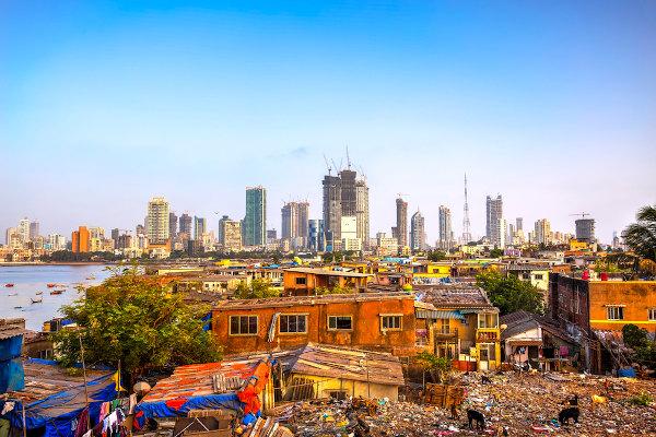 O crescimento exacerbado das cidades provocou uma piora na qualidade de vida da população.