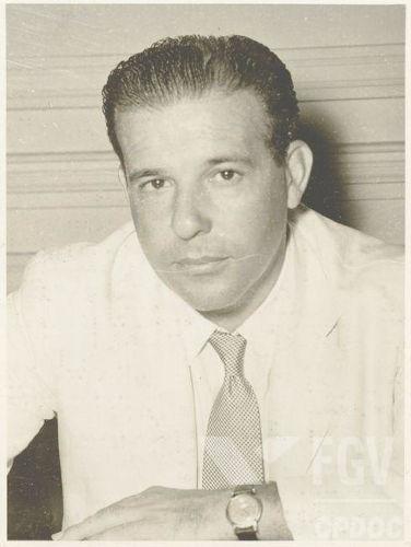 O golpe de 1964 destituiu João Goulart da presidência do Brasil.[1]