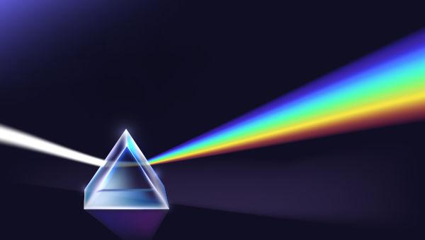 A decomposição da luz ao passar através de um prisma já foi assunto de questões do Enem.