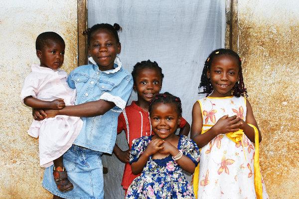 O continente africano possui, no geral, uma elevada taxa de natalidade, que desencadeia o aumento da sua população.