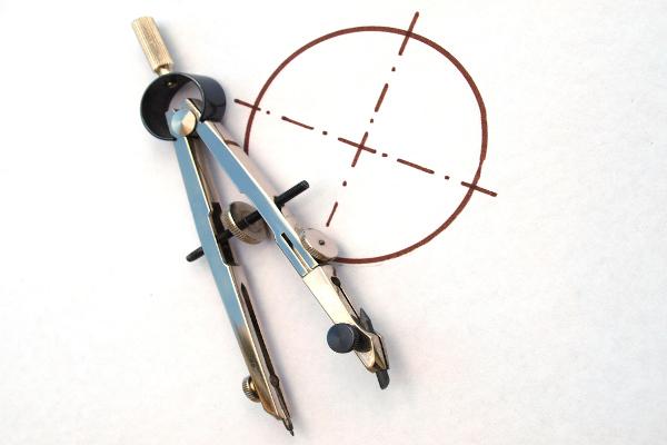 O compasso é um instrumento utilizado para desenhar circunferências.