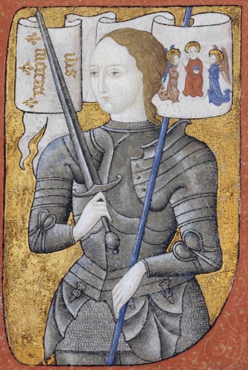 Joana D'Arc lutou no exército francês contra as tropas inglesas durante a Guerra dos Cem Anos.