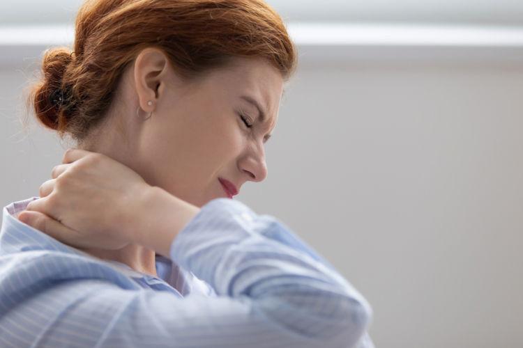 Dor muscular de início súbito é um dos sintomas da síndrome de Haff.