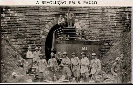 Soldados que participaram da Revolução Constitucionalista de 1932, quando São Paulo pegou em armas contra o Governo Provisório. [1]