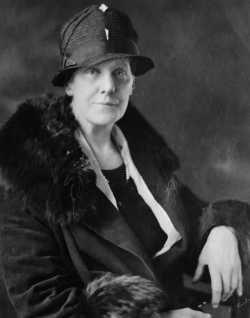 Anna Jarvis, norte-americana que criou o Dia das Mães em homenagem à sua mãe, Ann Reeves Jarvis.