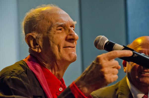 Ariano Suassuna foi um dos fundadores do movimento armorial.