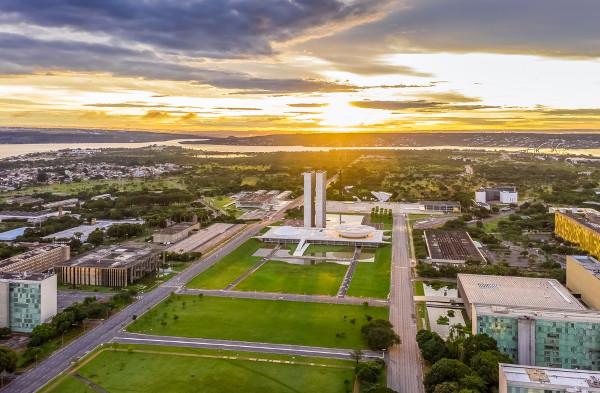 Brasília abriga a sede do governo federal.[1]