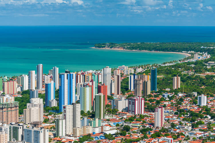Vista aérea de João Pessoa, capital da Paraíba.