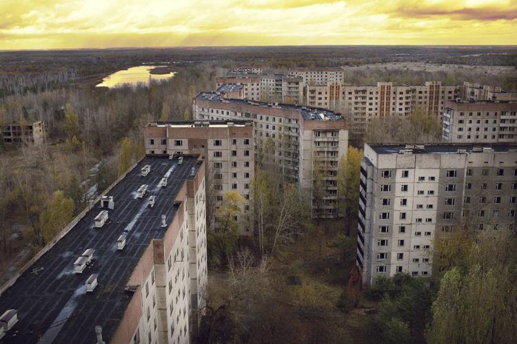 A cidade ucraniana de Pripyat está abandonada desde 1986, quando o acidente aconteceu.