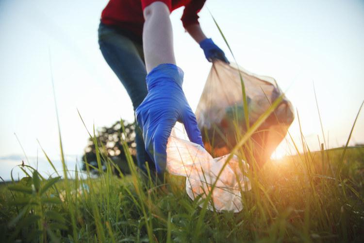 Mude suas atitudes em relação ao planeta hoje mesmo e ajude a garantir um ambiente saudável para as próximas gerações.