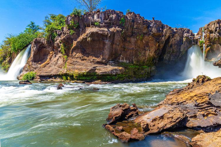 Cachoeiras em Carolina, sul do Maranhão, no Parque Nacional Chapada das Mesas.[1]