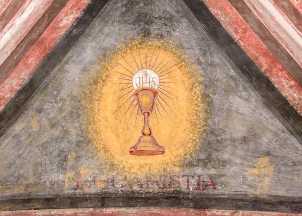 Corpus Christi é realizado anualmente 60 dias após a Páscoa em homenagem ao sacramento da Eucaristia.