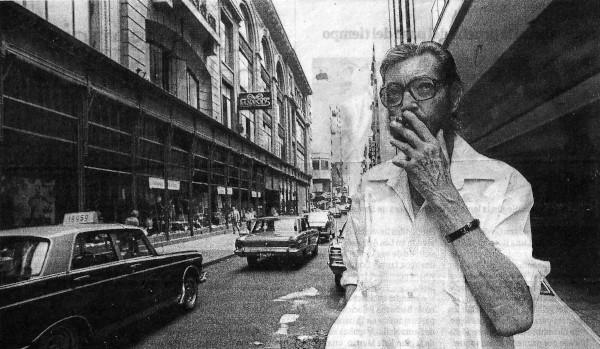Julio Cortázar, em 1983, na cidade de Buenos Aires.