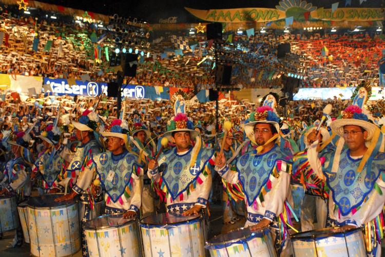 O Festival Folclórico de Parintins é a principal manifestação cultural do povo amazonense. [1]
