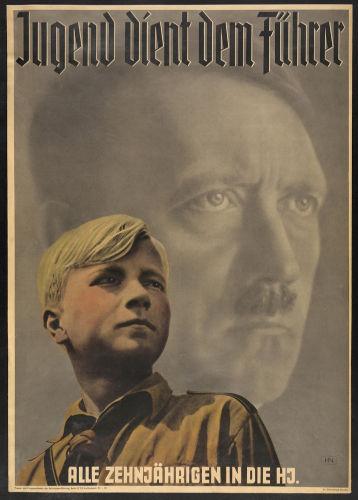 As crianças eram um dos grandes alvos da propaganda nazista. O objetivo era doutriná-las para que se tornassem nazistas convictas.[1]