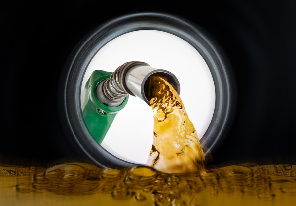 Os hidrocarbonetos estão presentes nos principais combustíveis.
