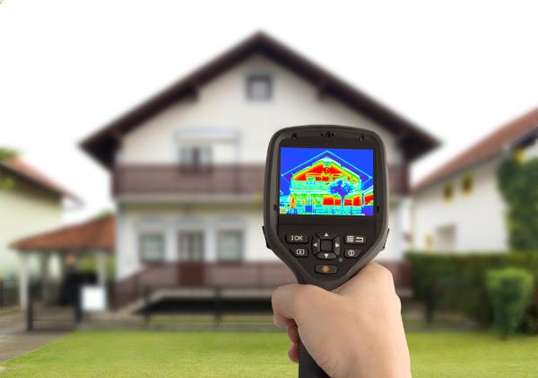 A energia térmica é se refere a diversos conceitos, como calor e energia interna.