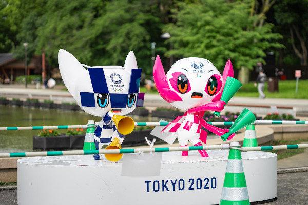 Miraitowa e Someity são mascotes das Olimpíadas e Paralimpíadas de Tóquio 2020 [7]