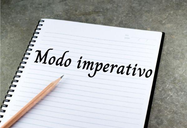 O modo imperativo é utilizado para expressar ordem, pedido, solicitação, sugestão etc.