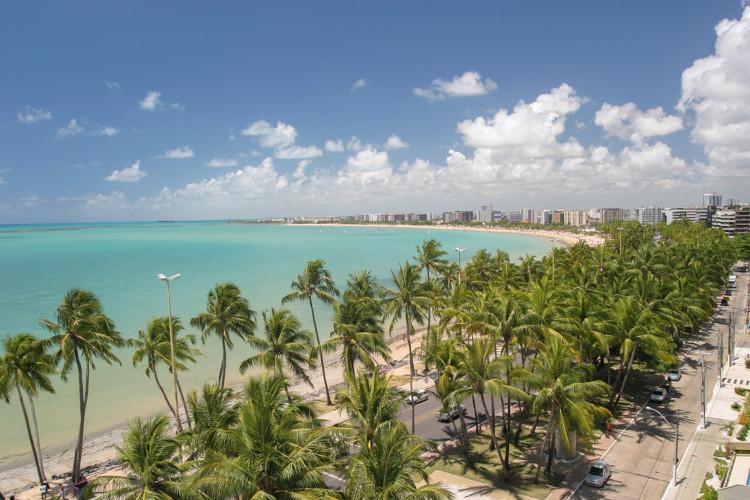 Foto aérea da praia de Pajuçara, em Maceió, Alagoas.