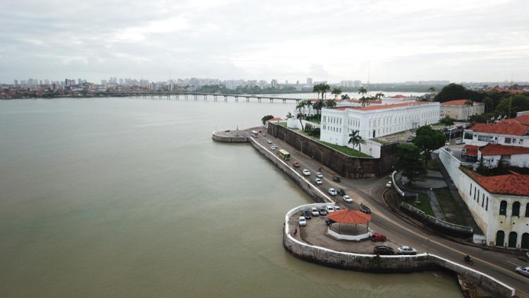 Vista aérea de São Luís. À frente, o Palácio dos Leões, sede do governo estadual.