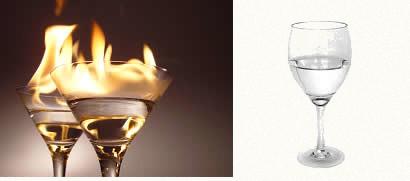 O álcool e a água, apesar de serem bem parecidos visualmente, podem ser distinguidos por suas propriedades químicas distintas, como a propriedade da combustão.