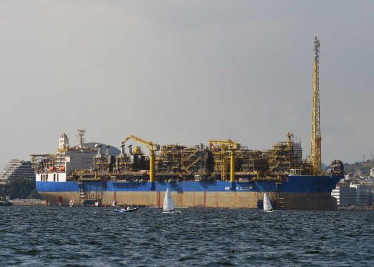A exploração de petróleo na região compreendida pelo pré-sal demanda uso de tecnologias avançadas.