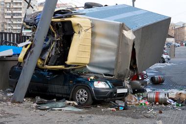 Acidente de trânsito causado por motorista embriagado