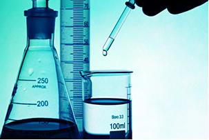 Vidrarias de laboratório com graduações usadas para medir volume