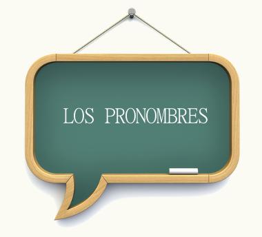 Los pronombres (os pronomes) são palavras que substituem ou antecedem os substantivos, enriquecendo assim a frase ou oração onde são empregados