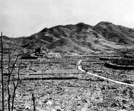 Ruínas de Nagasaki em foto de setembro ou outubro de 1945