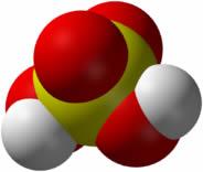 O ácido sulfúrico se forma em presença de água
