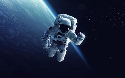 Como as ondas sonoras não podem propagar-se no espaço, a comunicação entre astronautas é feita por ondas de rádio*