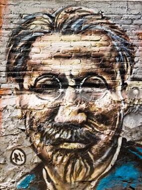 Representação de Leon Trotsky, líder da Guarda Vermelha que tomou o Palácio de Inverno em outubro de 1917.*