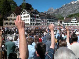 Democracia -  O poder exercido através do povo