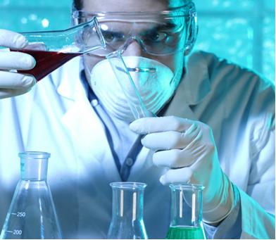 Na Química, um dos interesses principais é o cálculo da quantidade de reagentes e/ou produtos de uma reação, ou seja, o cálculo estequiométrico
