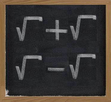 Podemos somar e subtrair apenas radicais que possuem o mesmo índice e o mesmo radicando