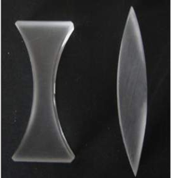 Lente esférica do tipo borda grossa (bicôncava) e lente esférica de borda fina (biconvexa)