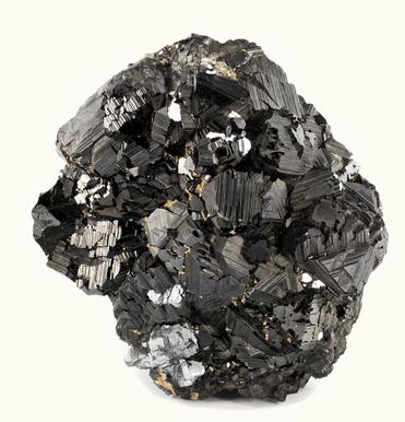 A magnetita é um mineral magnético que tem a propriedade de atrair objetos de ferro