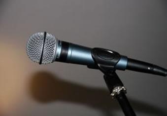 Os microfones podem ser de diversos formatos e tamanhos