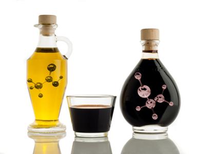 O vinho pode se transformar em vinagre por meio da oxidação do etanol em ácido acético