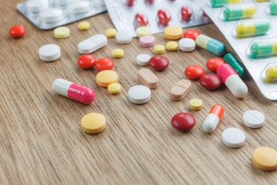 A Anvisa é responsável pelo controle da produção de medicamentos