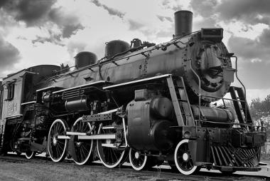 Uma das principais invenções que caracterizaram o período da Segunda Revolução Industrial foi a locomotiva a vapor