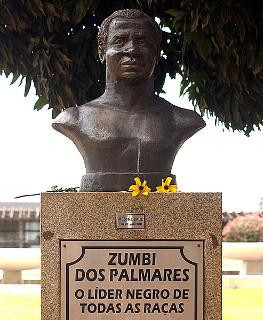 Busto de Zumbi dos Palmares, principal líder do Quilombo dos Palmares.*