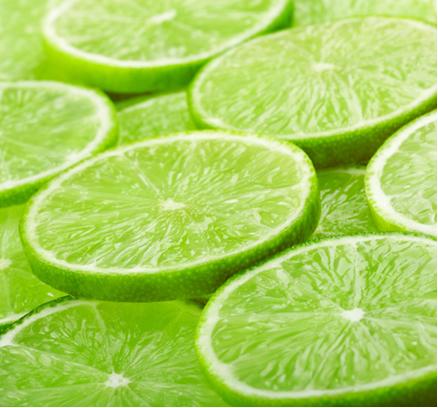 O limão aumenta a alcalinidade do estômago