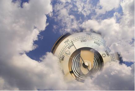 A pressão atmosférica é medida por meio de um barômetro